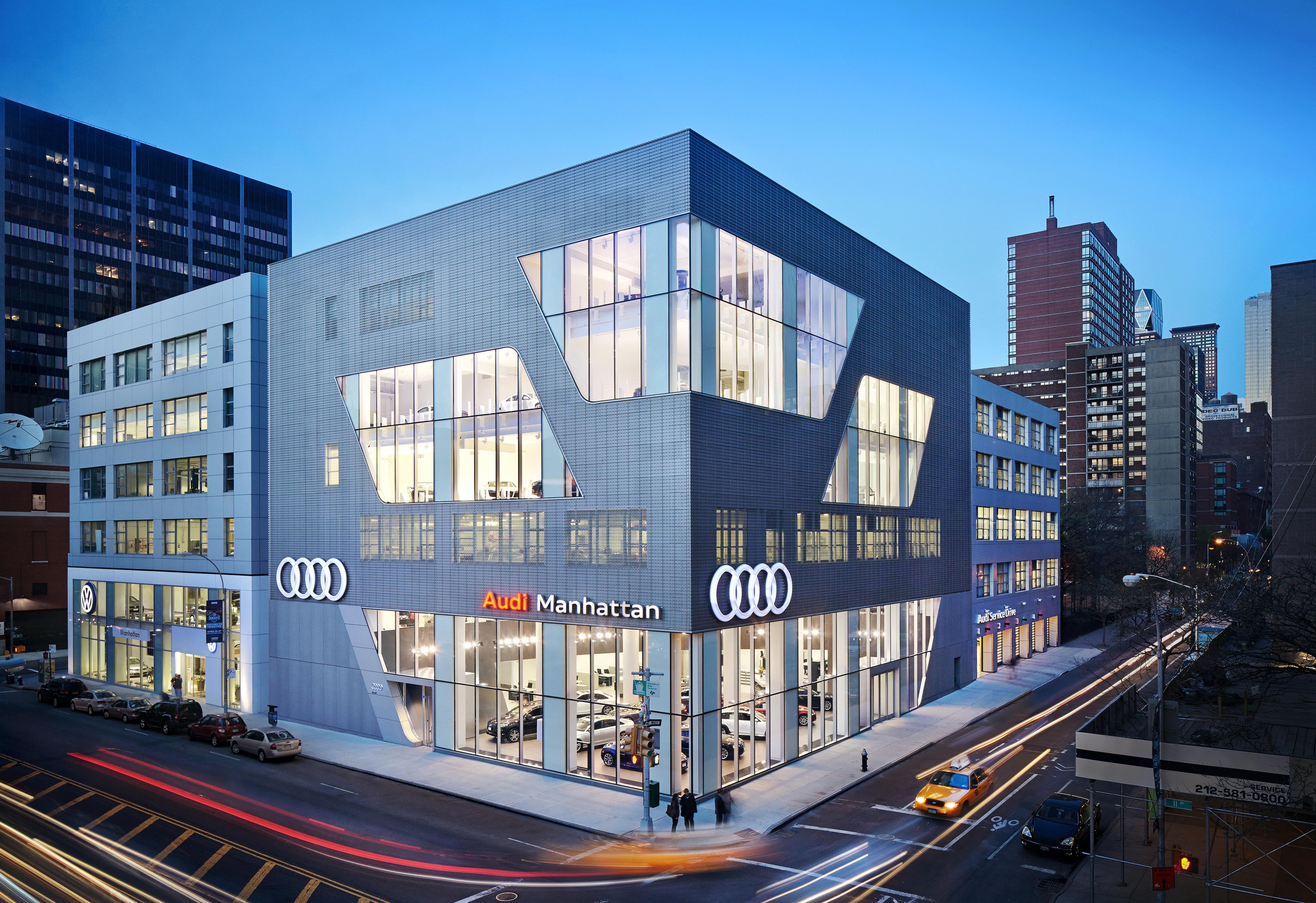 New York Luxury Car Dealership